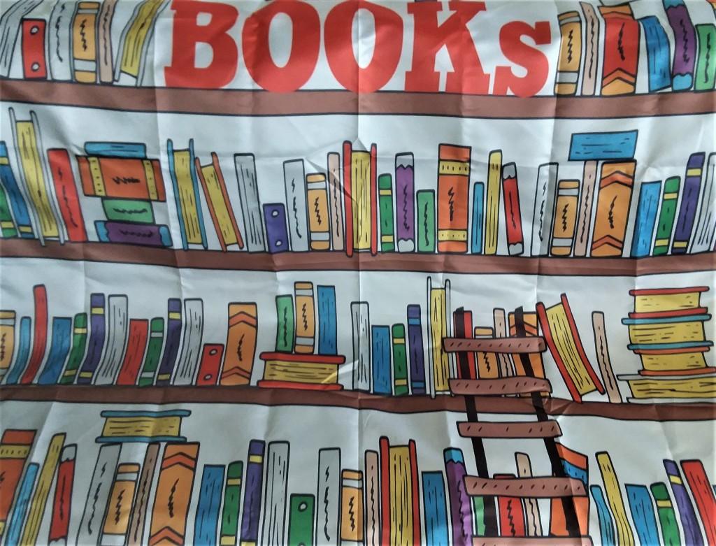 BooksTablecloth_012820